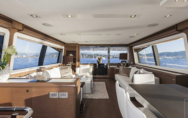 ferretti_800-yacht-boat-location-charter-11.png