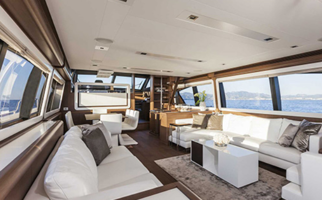 ferretti_800-yacht-boat-location-charter-4.png